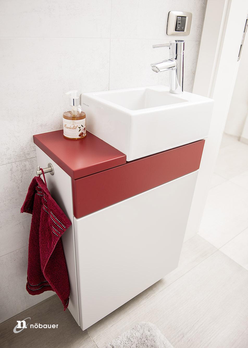 m bel f r kleines badezimmer platzsparende bad l sung. Black Bedroom Furniture Sets. Home Design Ideas
